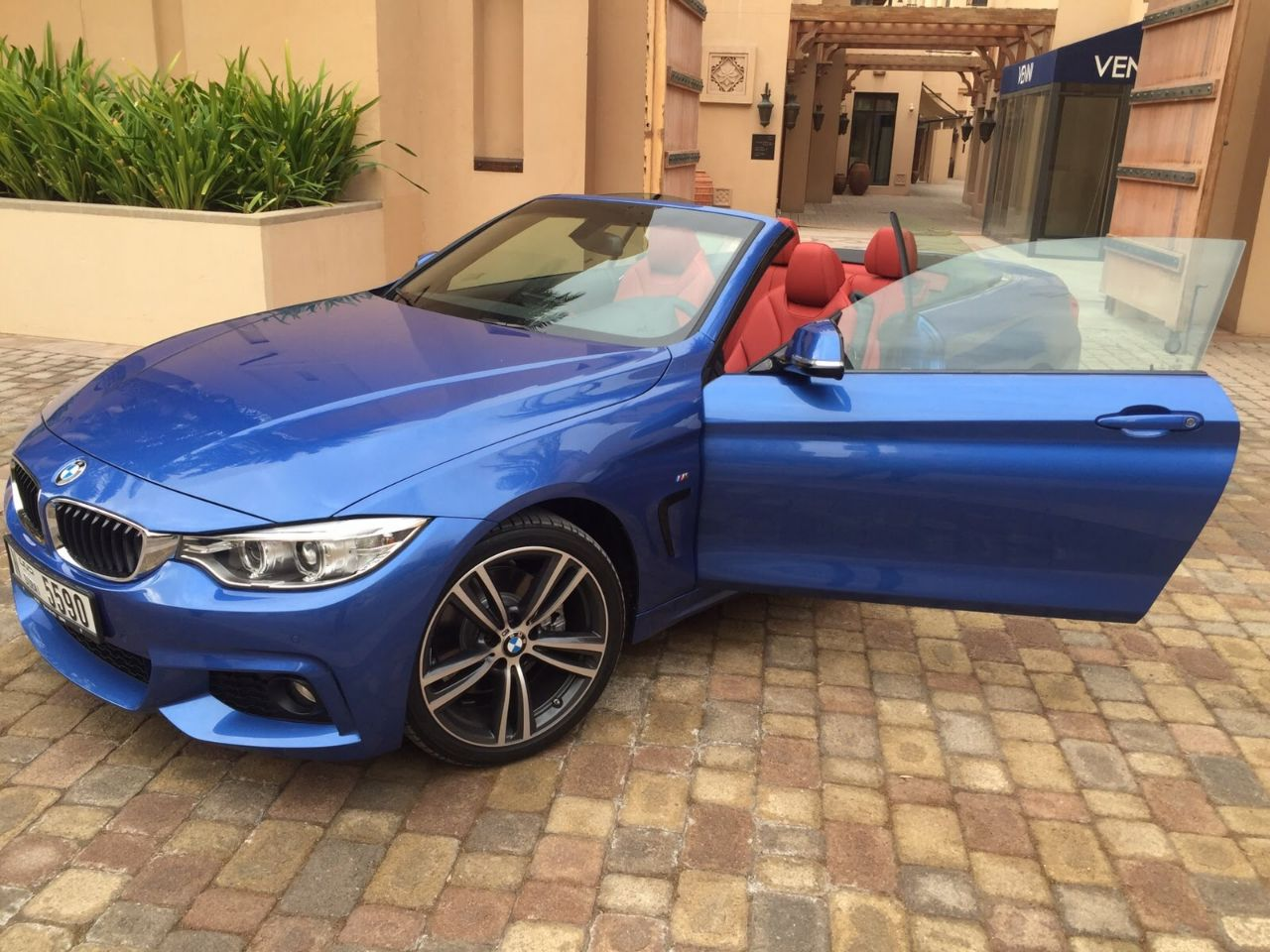 BMW 428 1<a href=default.asp?pid=29&catid=3&scatid=0  ><font color:#000>BOOK NOW</font></a>